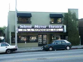 Silent_movie_theater